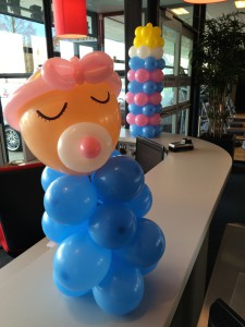 Baby shower met ballonartiest Rolando